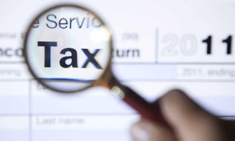 How to Become a Tax Lawyer