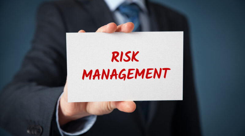 How to become a Risk Manager