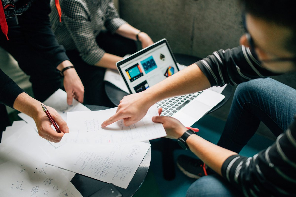 How to become an engagement manager