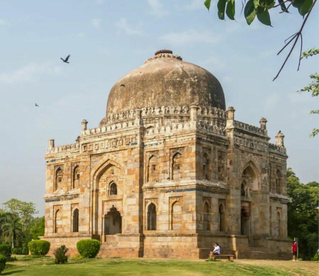 lodi gardens, Delhi tourist places, best places to visit in delhi